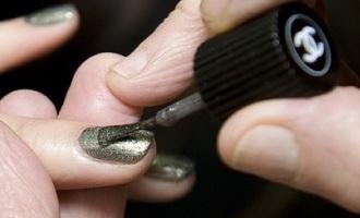 Chanel smalto Graphite arriverà per l'autunno inverno 2011-2012