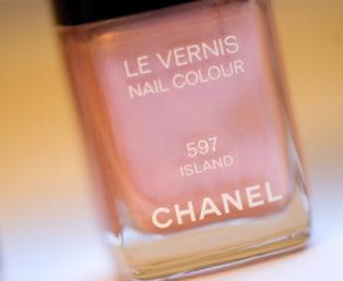 chanel nail polish