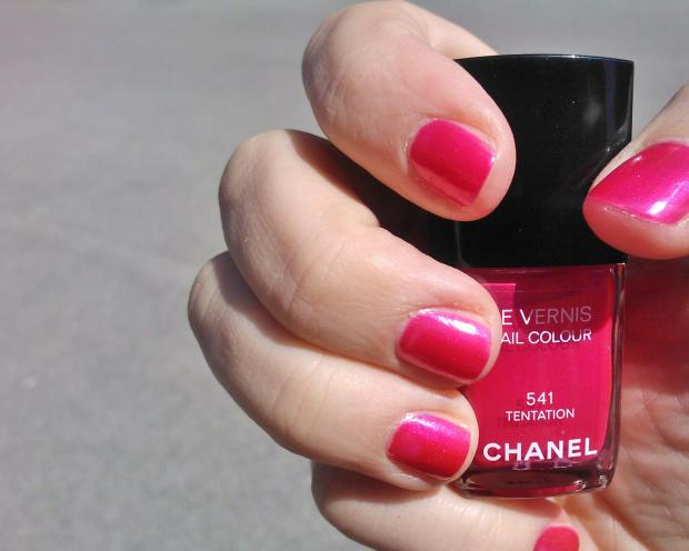 smalto Tentation Chanel 541