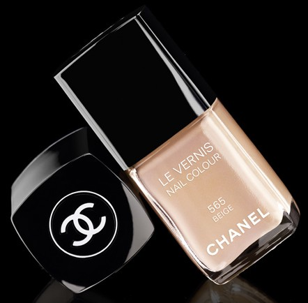 CHANEL # 565 BEIGE Nail Polish
