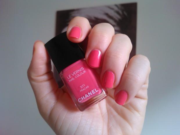 chanel nail polish fracas