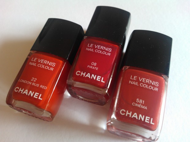 chanel pirate london bus red cinèma