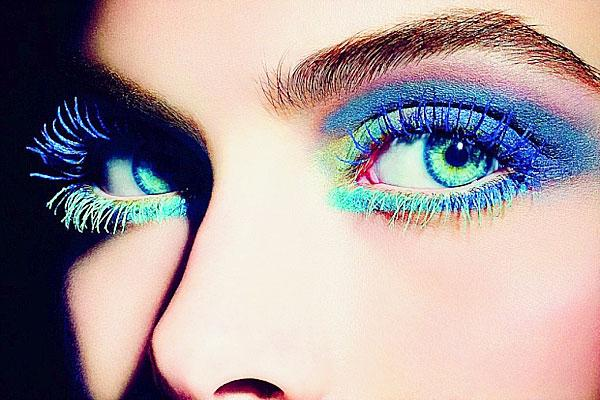 Chanel eyes