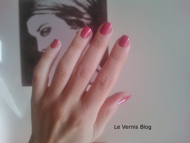 Chanel 589 Elixir nail polish